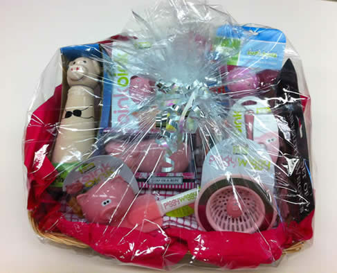 This Gift Basket Is Perfect For Students Or Swine Enthusiasts! The Basket  Contains Items Perfect For Your Kitchen And Bath, Including: